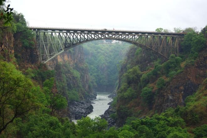 Broen over Zambezi
